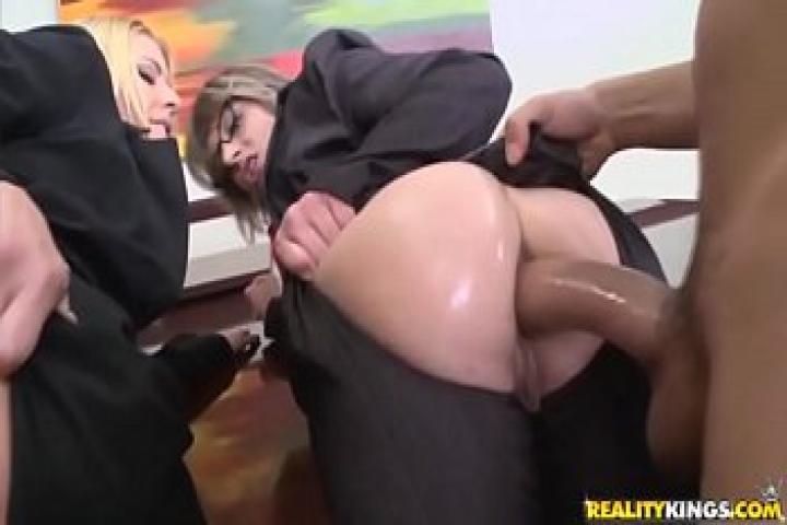 Подборка лучших сцен с анальным сексом